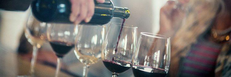 craft-and-cork-tasting-wine